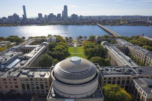 Viện Công nghệ Massachusetts (MIT).